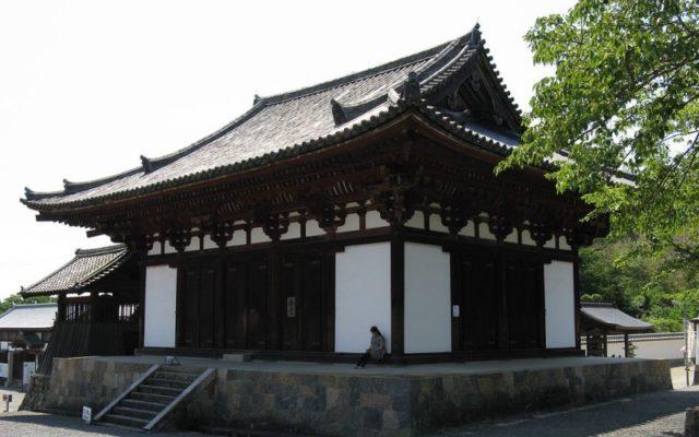 當麻寺金堂