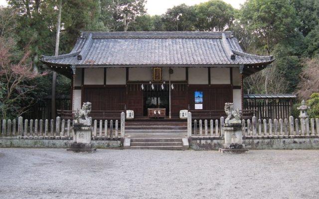長尾神社拝殿